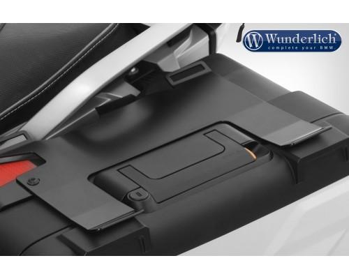 Пластина для крепления багажа на оригинальный пластиковый кофр R 1200 GS LC, левая, цвет - черный